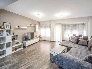 Amazing apartment in Castellón de la Plana with WiFi and 3 Bedrooms (EBA222)