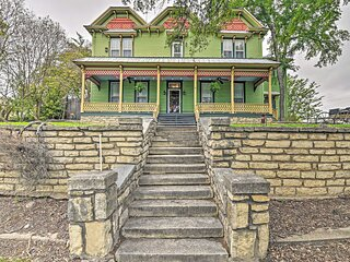 NEW! The Lilly House: Historic Glen Rose Getaway!