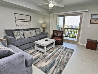 Summerhouse West 207B- Look No Further This is Where You Need to Be! Reserve