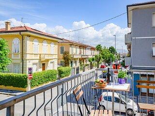 Amazing home in Viareggio with WiFi and 3 Bedrooms (ITV016)
