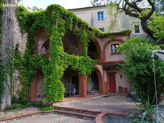 Grande maison avec piscine proche des Gorges de l'Hérault