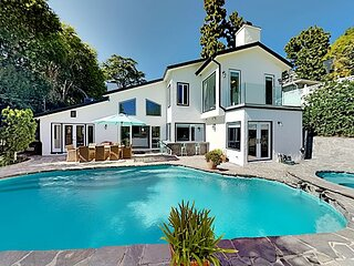 Beverly Hills Estate   All-Suite, Billiards Table   Private Pool & Hot Tub