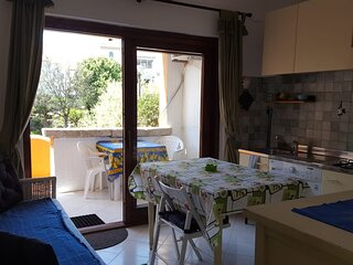 SUNSET VIEW APARTMENT WITH 1 ROOM, PRIVATE TERRACE AND PARKING
