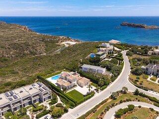 Modern Sea View Villa with incredible views over the ocean