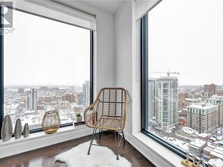 ❤️ Luxury ❤️ 2 Minutes to parliament hill Free parking