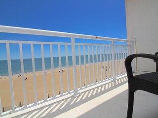 Ocean Sands Resort, oceanfront suite with balcony
