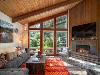 Phenomenal Mid-Century Modern Retreat, Open Layout, Fenced Backyard, Fire-Pit, 1