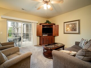 1 King Bedroom Golf Condo - Private, Covered Balcony with Lovely Property View