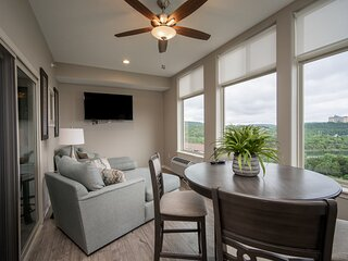 Luxurious Lake Life! Condo with Gorgeous View at The Majestic at Table Rock
