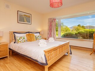 Beautiful 4 Bedroom Holiday Home in Waterville