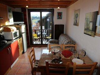Studio cabine + mezzanine de m2 + BOX n°25