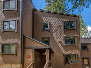 Spacious Condo with Ski-In Access - 200 Yards to the Slopes at Northstar