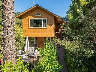 Private Russian River Beach Access, Upscale Seclusion & Hot Tub in Wine Count