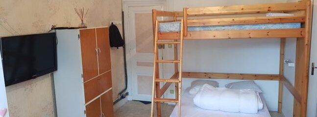 Studio 23 M², meublé, au calme, proche de toutes les commodités très claire, location de vacances à La Bourboule