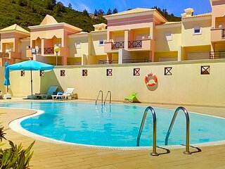 Sesimbra Sea Apartment 750m Shared Pool & Beach