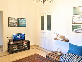 House on Masaad Stairs - 3 Bdr Apartment in Mar Mikhael - By Cheez Hospitality