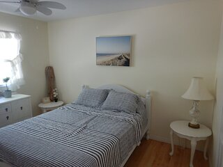 Eagle River Bed and Breakfast - The Beach is Calling