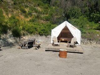 Tentrr Signature Site - Mystic Mountain Redwood Grove Camp