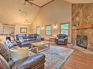 NEW! Hocking Hills 'Woodland Lodge' on 14 Acres!