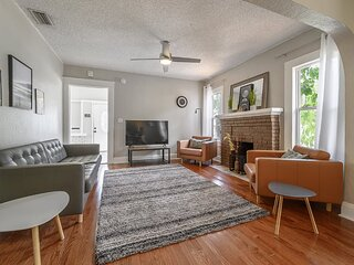 'Cosmic Vibes' - 3BR Home with Pool