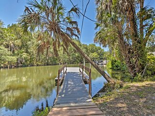 NEW! Charming Riverfront Home w/ Hot Tub & Kayaks!