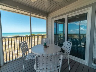 Charming Gulf Front Villa with an Exceptional View of the Surf!  B3122A