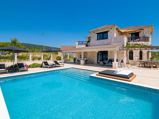 4 bedroom stone eco friendly villa, all alone with pool & many outside areas