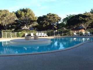 Nice house with shared pool & Wifi