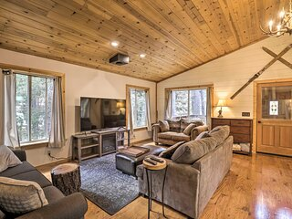 NEW! Modern Mountain Chalet < 1 Mile to Slopes!