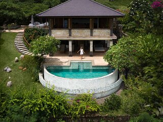 Villa JulieLele, Sumberkima Hill