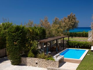 Aeriko-Anemos Beachfront Villa with Stunning View and Private Pool