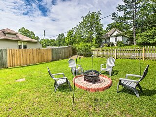 NEW! Chic Hot Springs Home: 2 Mi to National Park!