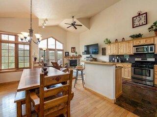 Dog Friendly Spacious Duplex, Beautiful Views, Green Space, 2-Car Garage, Deck,