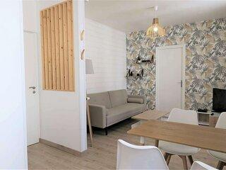 Bel appartement avec WIFI à 400m de la plage au centre de TREGASTEL