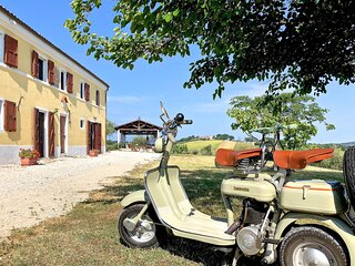 Nice apartment in Senigallia with WiFi and 4 Bedrooms (IMK253)