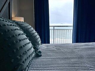 ★HUGE OCEANFRONT BALCONY★♛Queen Beds★TONS of Amenities★L53