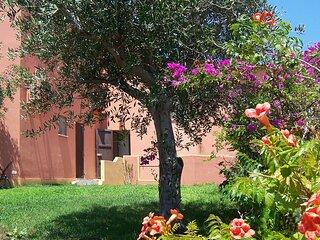 Amazing apartment in Torre dei Corsari with 2 Bedrooms (IGO070)