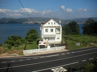 House - 4 Bedrooms with WiFi - 100559