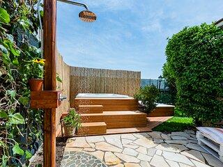 Lussuosa villa con piscina dotata di ogni comforts