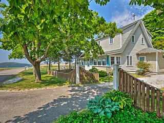 NEW! Common Fence Point Cottage w/ Ocean Views!
