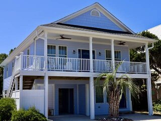Renovated Home, Pool, Hot Tub, Pet Friendly, Great Outdoor Kitchen, Close Beach