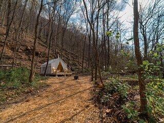 Tentrr State Park Site - WV Hawk's Nest State Park - Site E - Single Camp