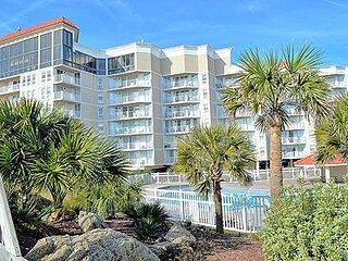 2214 St Regis Resort - 1BR Oceanfront Condo in North Topsail Beach with Tennis C