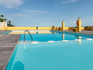 Amadores Beach with pool family friendly