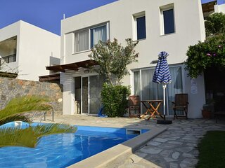 One bedroom villa with private seawater pool Just 150 meters from the sea