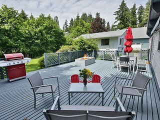3 bed 2.75 bath Dog Friendly Home on the 'sunny side' of Whidbey Island (290)