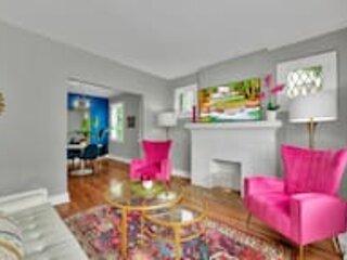 Stunning Apartment near Palmer Park/Free Parking, casa vacanza a Garden City