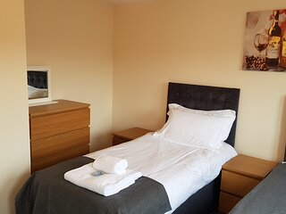 Jenkinson House | Free parking | Perfect for groups