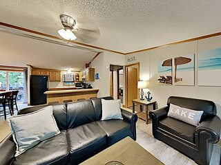 Upgraded Amenities, Great Owner. Popular 3 Bedroom, 10-pp, Island Club Home