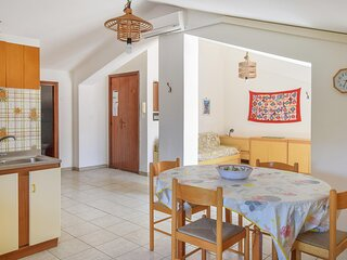 Awesome apartment in Tortora Marina with WiFi and 2 Bedrooms (IKK589)
